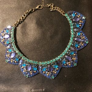 Statement necklace massive number colored jewels